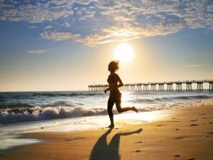 τρέξιμο στην παραλία